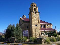 Gebou van die Gereformeerde Kerk Reddersburg, Vrystaat Old Churches, Church Building, My Land, Old Buildings, Cathedrals, South Africa, Dutch, Past, Scenery