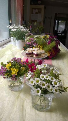 Diese schöne #Madiba Kreationen sind gemacht durch Blumen-Floristik-Kranzbinderei Wigbert Krause aus Ackendorf!