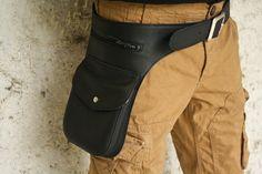 Ceinture à poches en cuir noir souple : Etuis, mini sacs par may-wook