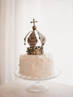 Crown Cake Toppers | onefabday.com