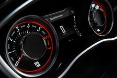 The new class-exclusive reconfigurable digital cluster display+ featuring Heritage Tic-Toc-Tach retro-style gauges is standard on all 2015 Challenger models. Challenger Srt Demon, Dodge Challenger Srt Hellcat, Dodge Srt, Jeep Dodge, Best Muscle Cars, American Muscle Cars, Hellcat Engine, Sand Lake, Dodge Vehicles