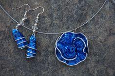 parure fleur capsule café nespresso bleu vif,bleu collier ras de cou et boucles d'oreille : Parure par cococreative