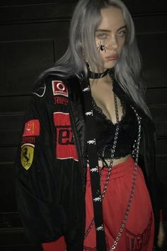 Kids and parenting billie eilish clothes billie eilish, red aesthetic, gr. Outfits Casual, Purple Outfits, Style Outfits, Billie Eilish, Video Interview, Black And White Outfit, Mode Poster, Jugend Mode Outfits, Videos Instagram