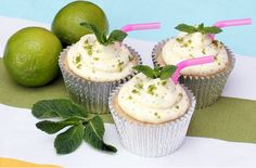 Love a mojito cocktail? Get all the lovely flavours of the drink into your baking by making these mojito cupcakes. Lime and mint flavoured sponges, with a sticky rum glaze, topped with a mint, lime and rum cream cheese frosting, these cakes are simply del Mojito Cupcakes, Alcoholic Cupcakes, Cocktail Cupcakes, Alcoholic Desserts, Baking Cupcakes, Cupcake Recipes, Cupcake Cakes, Dessert Recipes, Cupcake Ideas