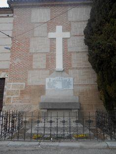 Val de Santo Domingo. Cruz de los Caidos.