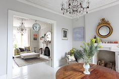 How To Create Modern Victorian Interiors by Zoe Clark Victorian Living Room, Living Room Modern, Home Living Room, Living Room Furniture, Living Spaces, Furniture Layout, Furniture Stores, Furniture Decor, Victorian Terrace Interior