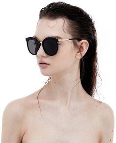 Gold Sunglasses, Sunnies, Cat Eye Frames, Unisex Fashion, Personal Style, Fashion Accessories, Leather Case, Soft Leather, Fashion Eyewear