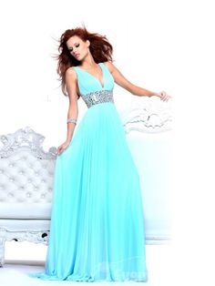 Sherri Hill dresses are designer gowns for television and film stars. Find out why her prom dresses and couture dresses are the choice of young Hollywood. Sherri Hill Prom Dresses, Lace Homecoming Dresses, Backless Prom Dresses, Prom Dresses Online, Bridesmaid Dresses, Prom Gowns, Evening Gowns, Blue Bridesmaids, Pageant Dresses
