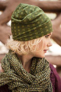 Gudrun Sjödéns Herbstkollektion 2014 - Die Mischung aus Viskose und Baumwolle lässt die Farben des Tuchs Ulla schön strahlen.