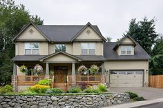 Traditional Style House Plan - 4 Beds 2.5 Baths 2500 Sq/Ft Plan #48-105 Exterior - Front Elevation - Houseplans.com