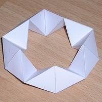 Paper model decagonal kaleidocycle