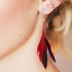 Feather earrings with real pearls  surgical steel by Aproposshop, €11.50