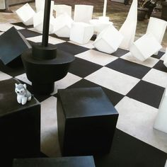 Mañanas de #ajedrez gigante! #chess #husky #dog #perro #plush #softtoys #peluches #pelucheando #Rotterdam #Holland #Holanda #PaísesBajos #Netherlands