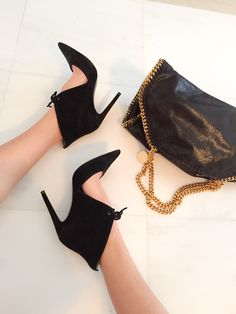 Falabella & Heels Purses, Heels, Clothes, Accessories, Fashion, Handbags, Heel, Outfits, Moda