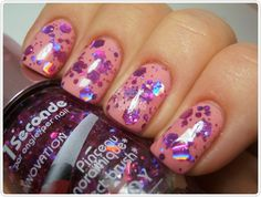 love this chunky glitter polish!  Must buy!