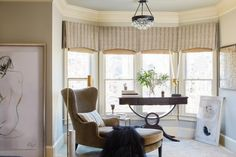 20 Cozy Reading Nooks You might be more inclined to pick up a book in your spare time if you had a reading nook like one of these. Built In Lockers, Built In Bookcase, Bookshelves, Bedroom With Sitting Area, Bedroom Seating, Transitional Living Rooms, Take A Seat, Formal Living Rooms, Master Bedroom
