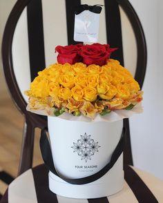 #الحب_في_صندوق_أبيض  #Fourseasonsflower_lovely_customers #fourseasonsflower #abudhabi #uae #myabudhabi #dubai #mydubai #sharjah #mysharjah #ajman #myajman #umalquwain #rasalkhaimah #fujairah #myfujairah #floral #florist #flowers  #instaflowers #instaflower #blooming #flowerlover #dubaiflowers #instafloral by fourseasonsflower