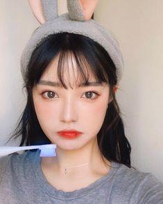 Korean Ulzzang, Ulzzang Girl, Korean Girl, Jung Yoon, Korean Makeup, Bangs, Cute Girls, Beautiful People, Hair Cuts