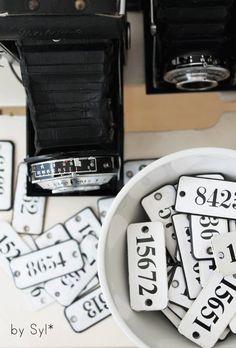 Süße, vintage Emailleschildchen, Zahlen für shabby chic und vintage Fans:-)