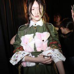 @akikoaoki_official  #photo @yuichiihara #akikoaoki #東京ニューエイジ #2016 #2016AW #fashion #womenswear #womensfashion #womenstyle #creativity #awai