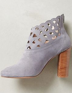 lacy lavender booties on sale - an extra 25% off with code: EXTRAEXTRA #anthrofave http://rstyle.me/n/rurdrr9te