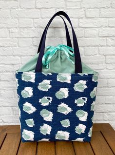 Quilted Drawstring Project Bag - Striped Lining - Pleated Slip Pockets - Navy Blue and Aqua Green Home Decorator Fabric Drawstring Bags, Reusable Tote Bags, Love My Makeup, Tote Bags Handmade, Premier Prints, Ticking Stripe, Minimalist Wallet, Bag Patterns, Striped Fabrics