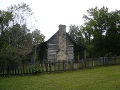 Dog trot cabin on campus of Lyon College, Batesville, Ar