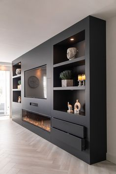 Living Room Decor Fireplace, Fireplace Design, Beige Living Rooms, Living Room Tv Unit Designs, Built In Furniture, Family Room, New Homes, Interior Design, Inspiration