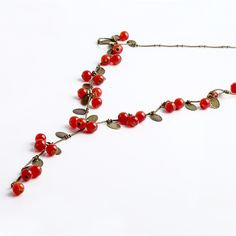 Vintage Women Beads Necklaces & Pendants Red Cherries Sweater Chain Wholesale Cherry Necklace Gift for Women Jewelry Choker N116