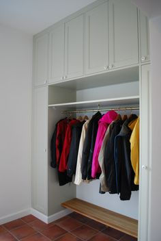 Platsbyggd Bokhylla - Compact Living, Ikea, House Entrance, Mudroom, Interior, Closet, Home Decor, Blog, Handmade