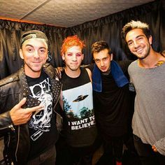 tyler and josh with alex and jack from all time low.