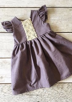 Handmade Little Girls Cotton & Lace Dress | ThePathLessRaveled #easteroutfit