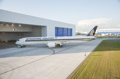 Singapore Airlines' First Boeing 787-10 to Serve Osaka, Japan
