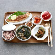 Asian Recipes, Real Food Recipes, Yummy Food, Healthy Recipes, Aesthetic Food, Korean Food, Food Presentation, Food Dishes, Love Food
