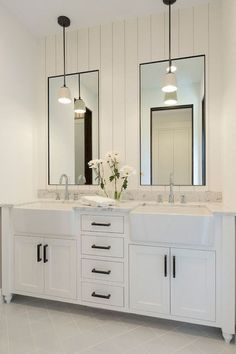 Bathroom decor for the master bathroom remodel. Discover master bathroom organization, bathroom decor tips, master bathroom tile a few ideas, master bathroom paint colors, and much more. Bad Inspiration, Bathroom Inspiration, Bathroom Inspo, Mirror Inspiration, Furniture Inspiration, Modern Farmhouse Bathroom, White Farmhouse, Urban Farmhouse, Farmhouse Sinks