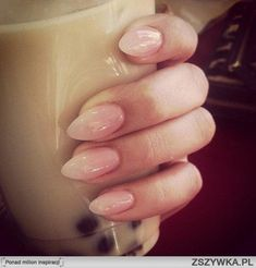 Manicure: It has taken me a while, but I am warming up to the idea of stiletto nails. these nude nails are not too flashy Pointy Nails, Nude Nails, My Nails, Short Stiletto Nails, Short Oval Nails, Square Stiletto Nails, Black Nails, Short Pointed Nails, Almond Nails