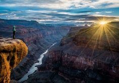 A 650-mile trek along the length of the Grand Canyon brings its massive…