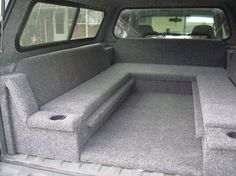 Bed pick up truck
