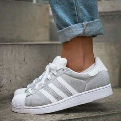wholesale dealer bf9e5 a429e Adidas Sneakers Mode, Adidas Schuhe, Welt Der Mode, Mode Für Den Alltag,