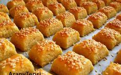 Egyszerű túrós kocka recept fotóval Baking Sheet, Pretzel Bites, Quick Easy Meals, Mousse, Oven, Muffin, Bread, Dishes, Breakfast