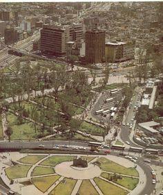 Terminal de transporte público en los alrededores del metro Chapultepec.