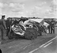Pictures Of Car Wrecks And Other Gross Things 8