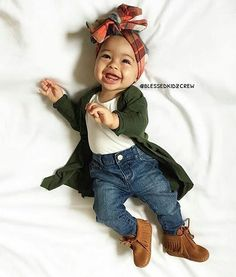 Happy Sunday #ATAFamily! Smile, God loves you and we do too! Look at this little sweetheart, she is #adorable!! Her outfit is the cutest! #cutekids #aftertheaisle #Repost @blessedkidzcrew Baby styling by @kenzie.elle