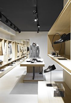Angelico flagship store by davide volpe & luca malavolta, milan fashion retail interior, Design Shop, Design Boutique, Shop Interior Design, Design Design, Retail Store Design, Retail Shop, Visual Merchandising, Boutiques, Restaurant Hotel
