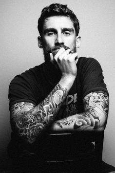 Beards & Tattoos= My BIGGEST weakness!