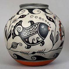 Mata Ortiz - Ceramics and Pottery Arts and Resources Gourd Art, Ceramic Sculpture, Pottery, Indian Pottery, Pottery Painting Designs, Ceramic Clay, Native Pottery