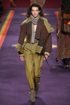 Tattersal - See the complete Etro Fall 2017 Ready-to-Wear collection.