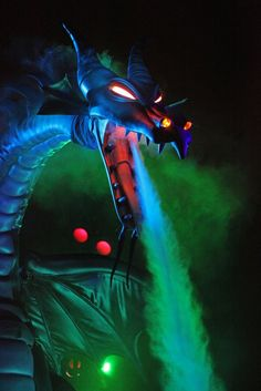 Fantasmic Dragon - Seen the show many times,and it STILL amazes me. (: <3
