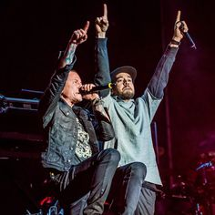 Mike Shinoda & Chester Bennington - Linkin Park performing at Rock in Rio in Vegas