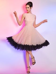 Homecoming Cocktail Party/Homecoming/Holiday Dress - Pearl Pink Plus Sizes A-line Bateau Knee-length Chiffon - USD $ 75.99